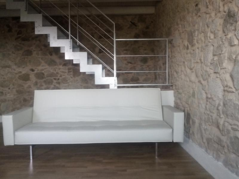 Appartamento muri in pietra parquet