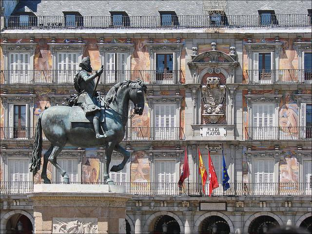 Plaza Mayor, less than 3 minute walk away from apartment