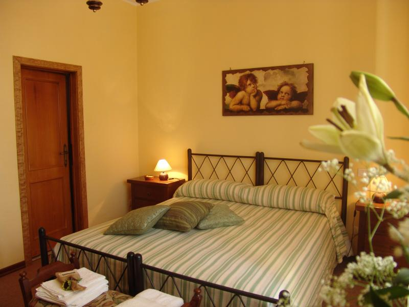 giglio, holiday rental in Lucignano