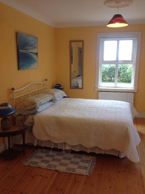 Double Bed in En Suite Bedroom 1