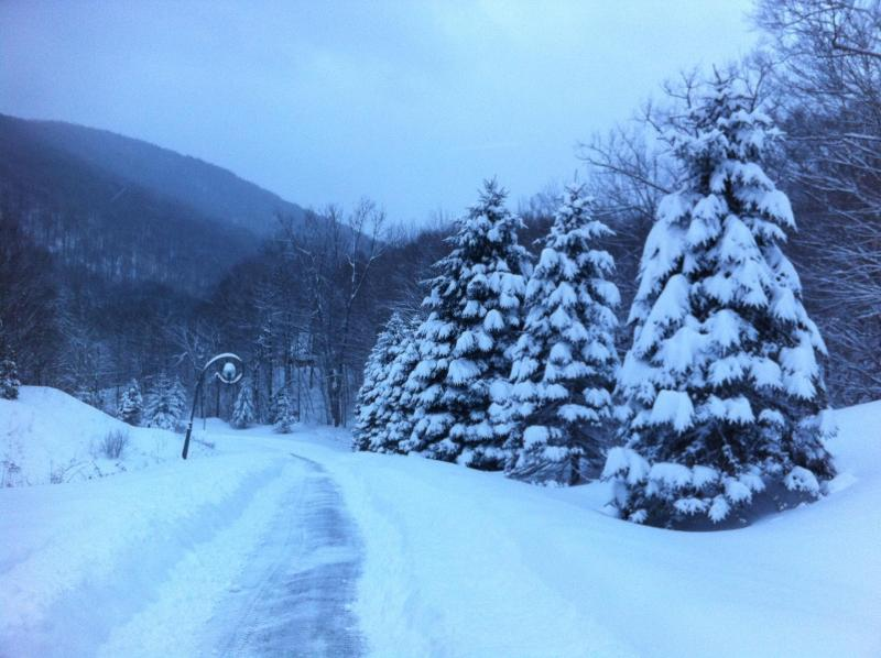 Mediados de tormenta de nieve de la temporada
