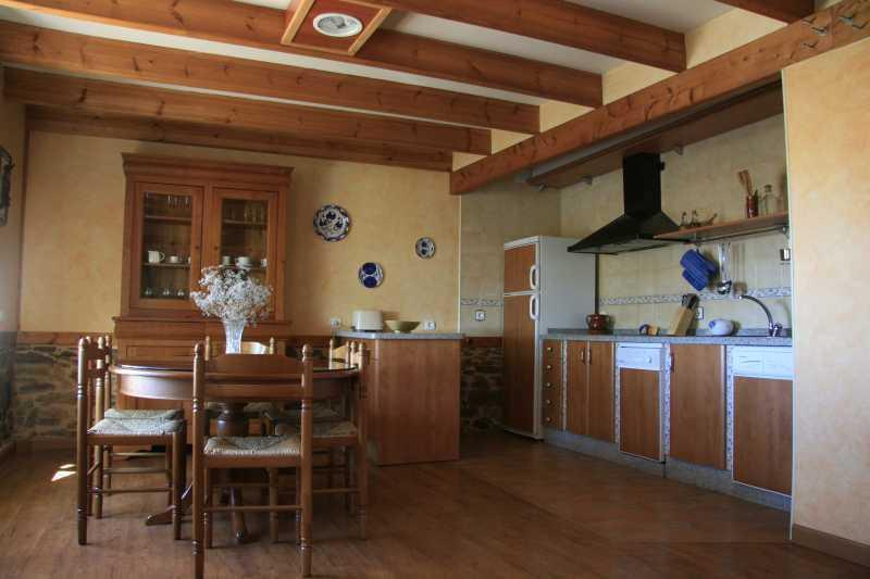 Casa rural Tío Vicente, aluguéis de temporada em Piedrasecha