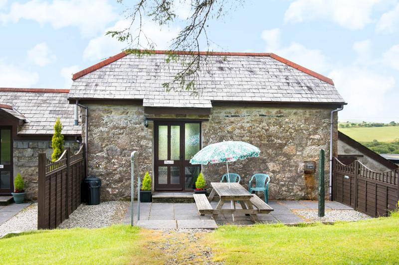 The Hayloft sleeps 4 maximum, holiday rental in Two Waters Foot