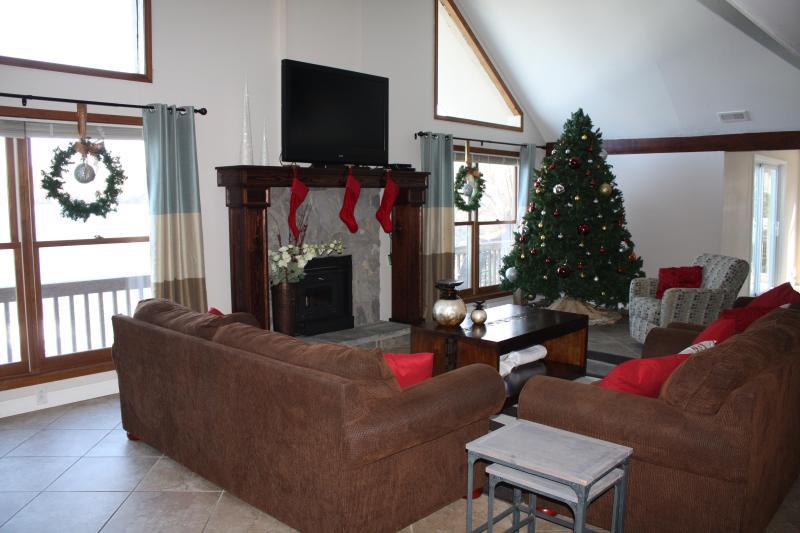 Christmas Decorations (Decemeber)