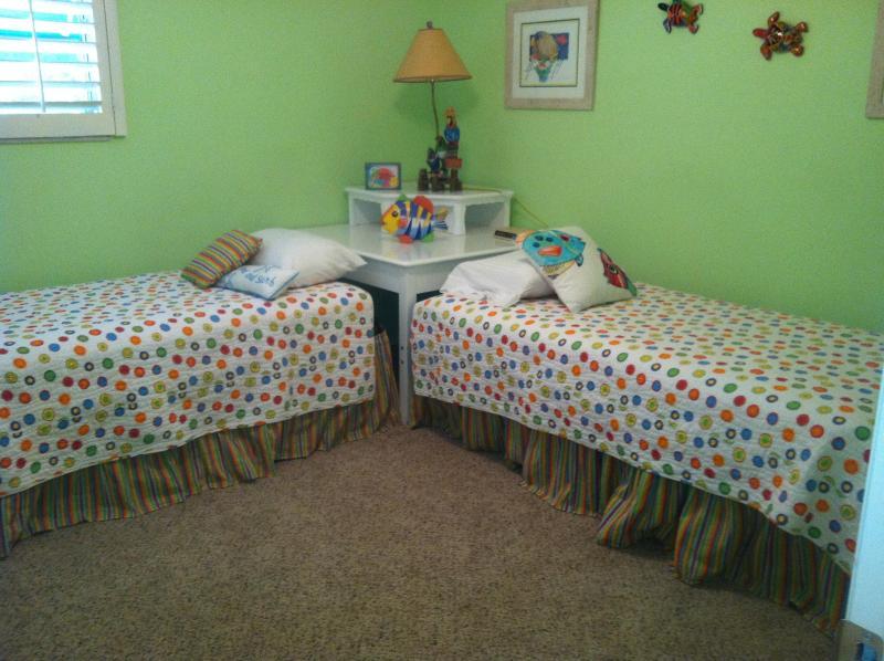 Twin Bedroom with Trundle Bed Sleeps 3
