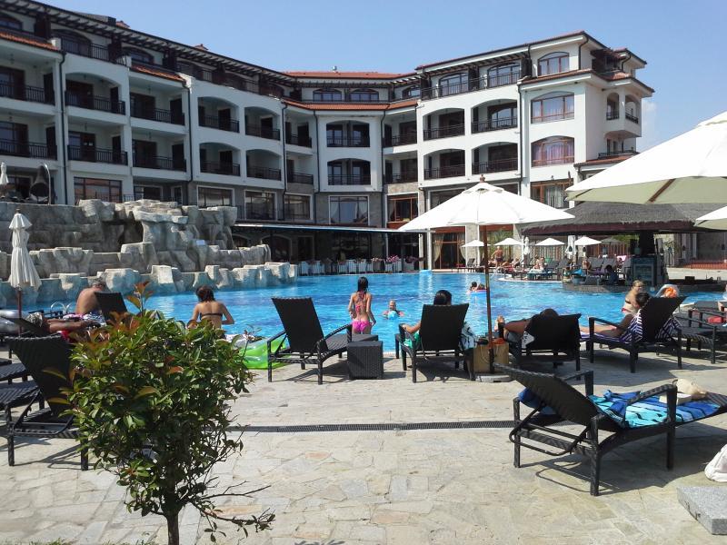 The Vineyards Resort
