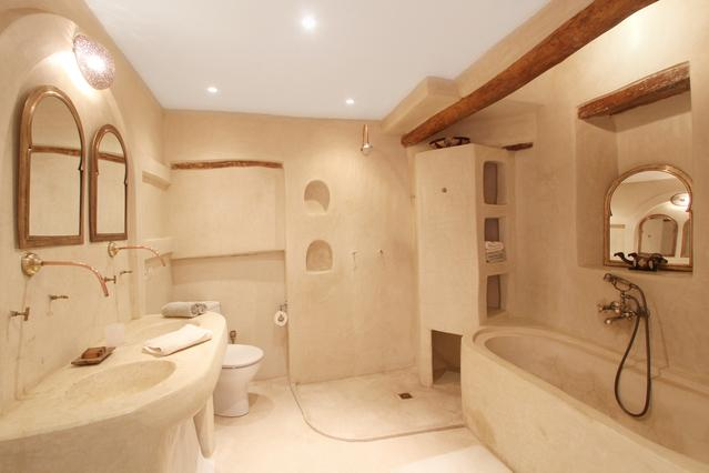 Suite Cannelle Bathroom
