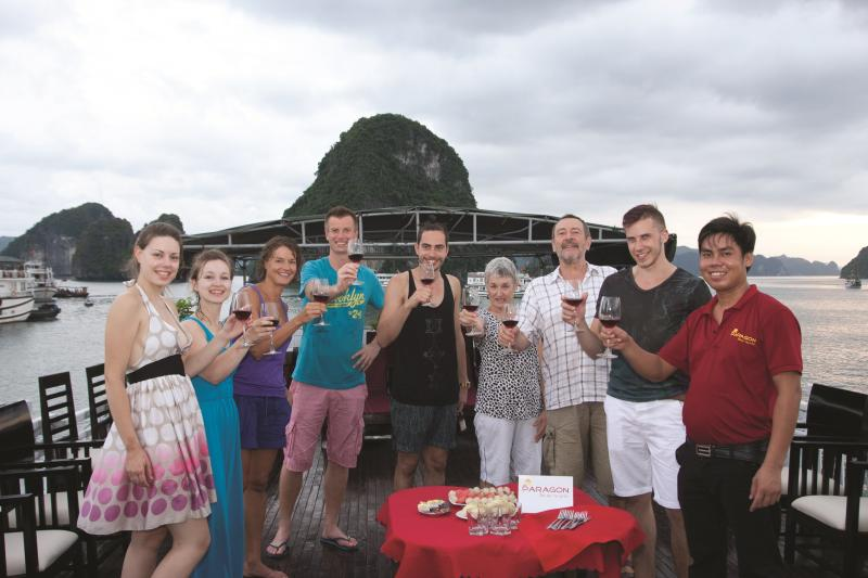 Halong Paragon Sancy Cruise, vacation rental in Halong Bay