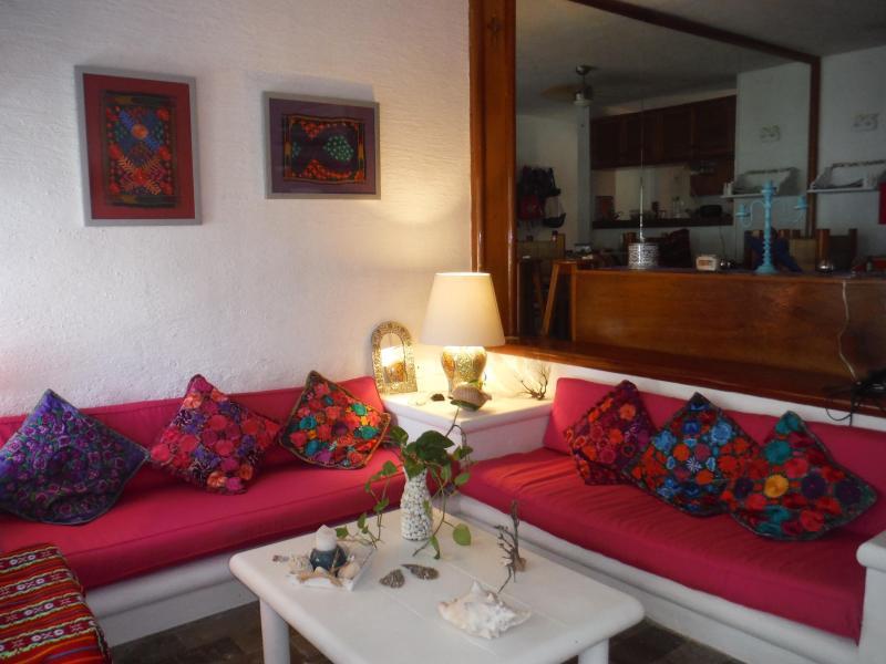 The Living room - Salon 2 divans