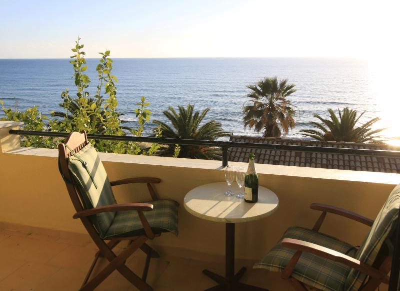 Glyfada Corfu Maisonette 59, vacation rental in Vatos