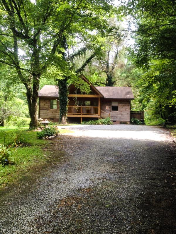 Cabin front summer 2014
