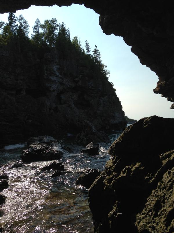The Grotto Bruce Peninsula National Park (30 min drive)
