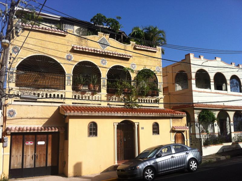 Historic House in San Juan Arts District - Penthouse suite is the entire top floor!