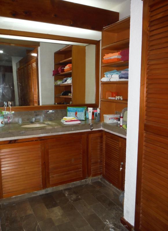 Salle de bain dans la chambre - Baño en habitación