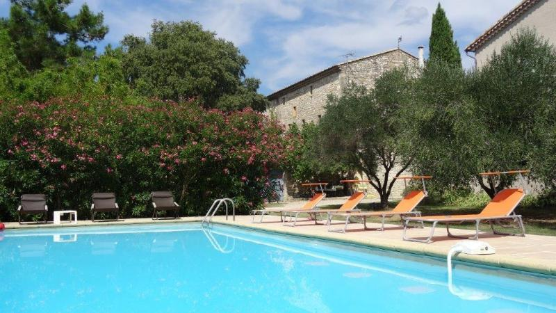 Authentic Winemaker s House near Uzès, vacation rental in Uzes