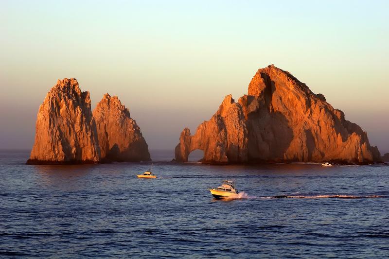 Les fameux arc de Cabo et fin du land.