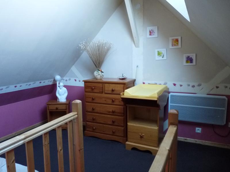 Chambre en duplex avec table à langer