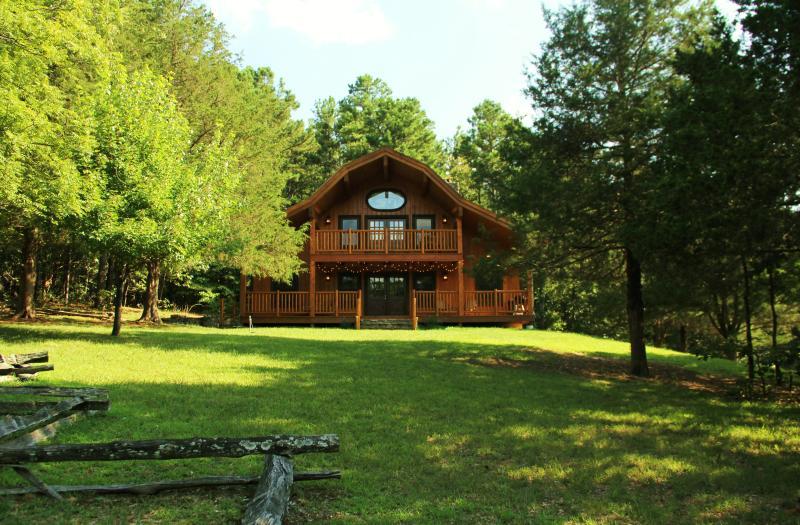 Cinnamon Valley - 'The Barn', holiday rental in Eureka Springs