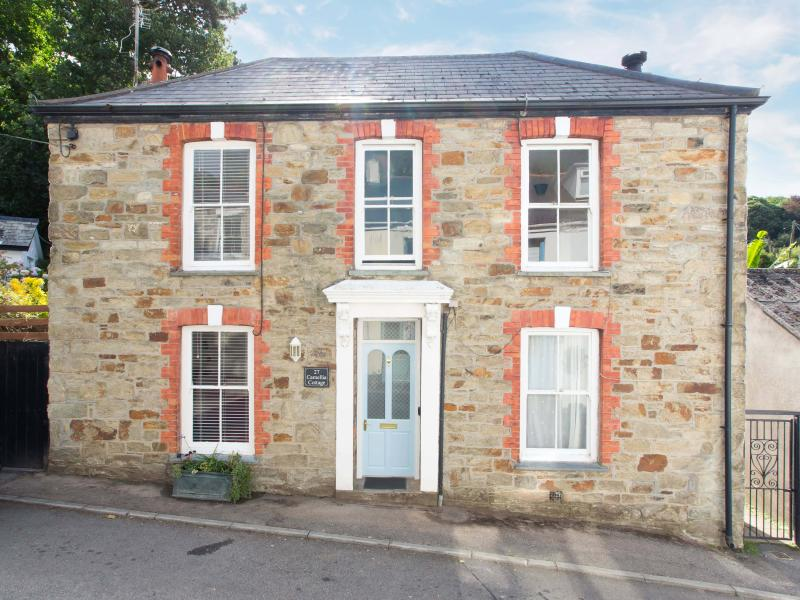 Camellia Cottage has been completely refurbished to a very high standard throughout.