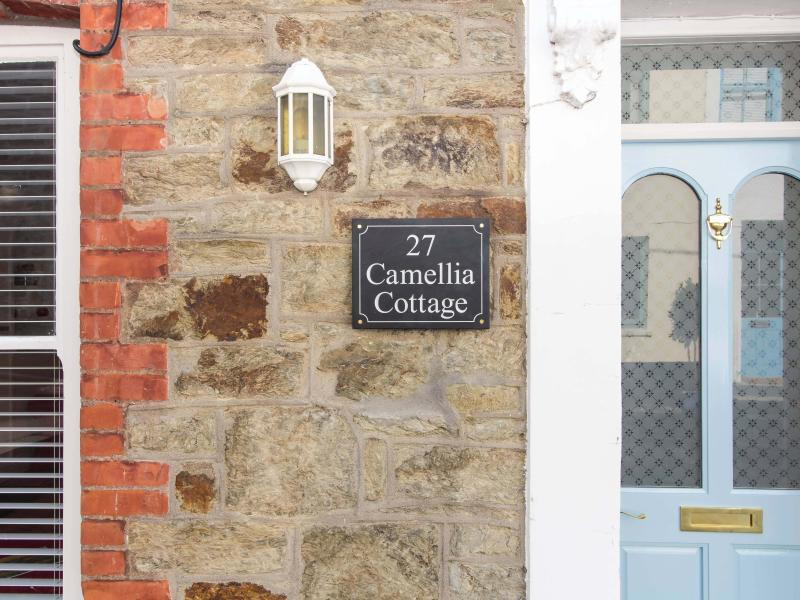 Welcome to Camellia Cottage in Flushing village!