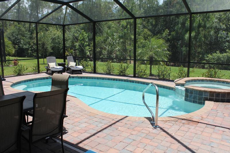 Lanai y zona de piscina