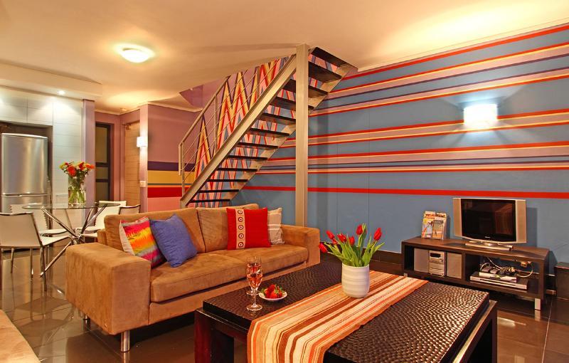 Adderley J15 è un funky open space 1-appartamento nel centro storico di Città del Capo