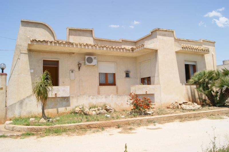 panoramic photos of the House