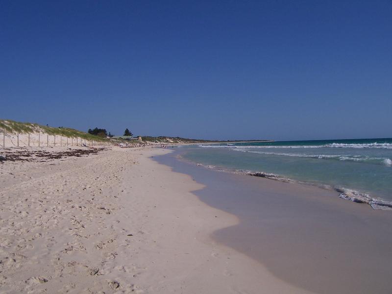 A PERFECT MULLALOO BEACH