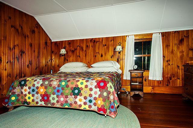 Bedroom 1 Winter Camp