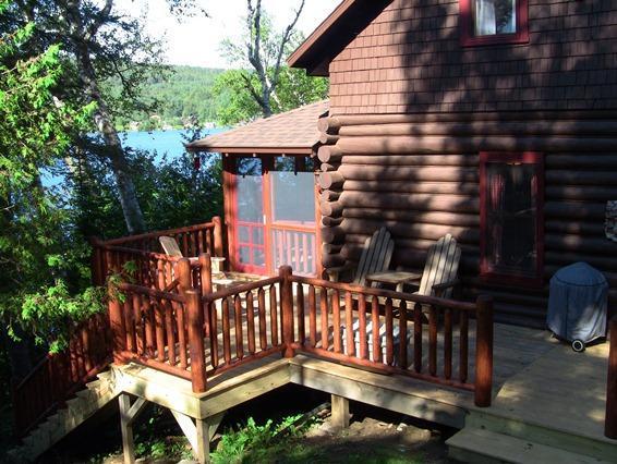 Side deck Summer Camp