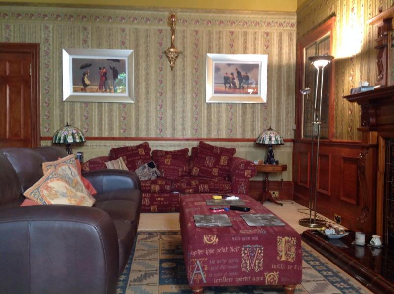 Drawing room spacious