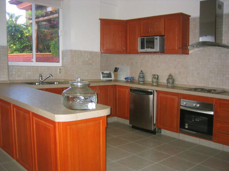 Cozinha aberta (aparelhos totalmente equipados e estado-da-arte)