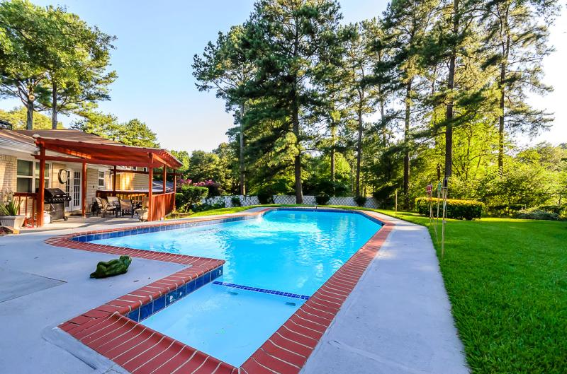 Stupendous Stunning Atlanta 5 Bedroom Home W Private Pool Updated 2019 Download Free Architecture Designs Terstmadebymaigaardcom