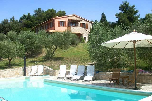Villa Gelsomini Grande, Todi, Umbria, Ferienwohnung in Romazzano