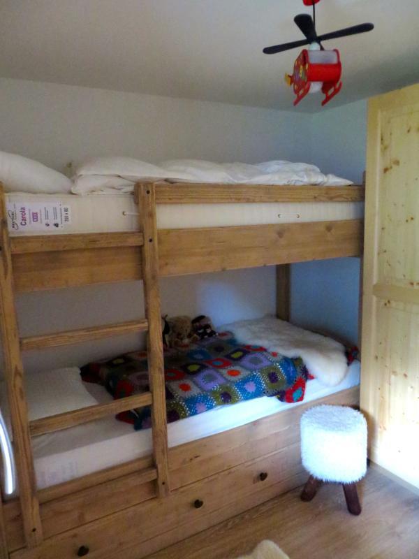 Stapelbed kamer - er is een extra uittrekbare bed hier eveneens