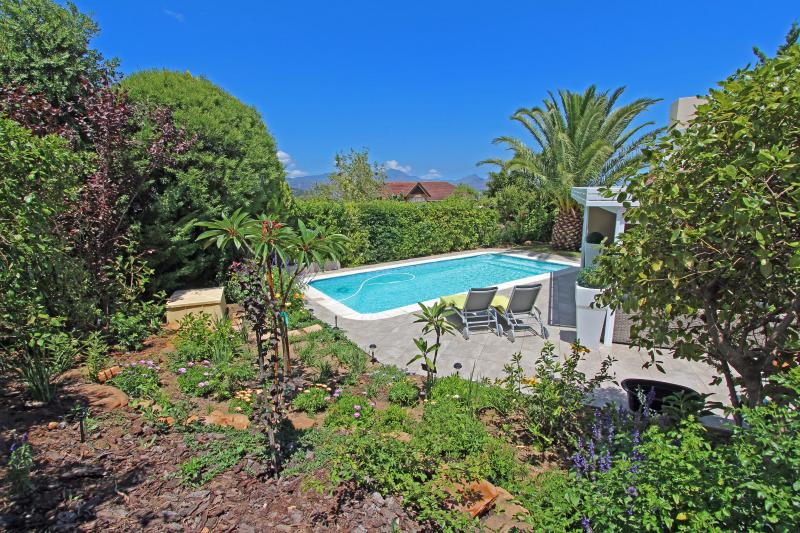 Self-catering KERAVIC, holiday rental in Somerset West