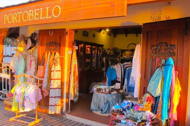 My boutique located inside the Antigua Yacht Club Marina ( 5 minutes walk from the apartment