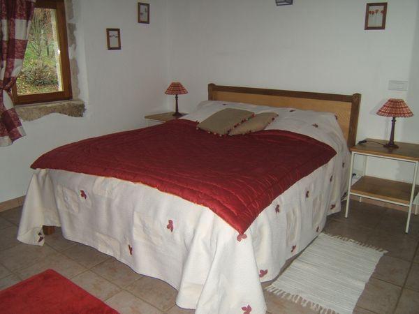 El tercer dormitorio con baño. Las Oaks Cottage.