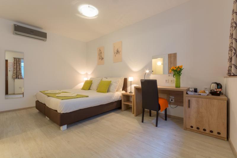CENTRO storico camere e appartamenti - camera 1 - letto matrimoniale