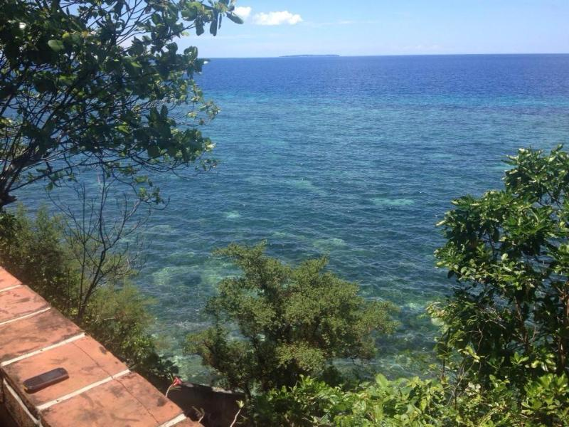 vista desde la cabaña acantilado en Casa Santa Barbara