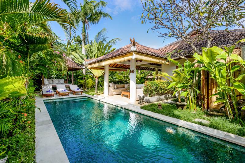 Pool villa view
