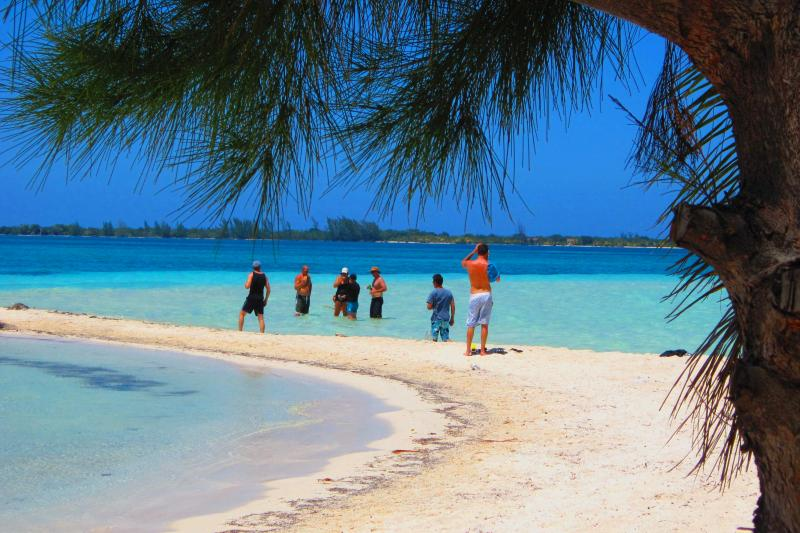Nearby water cay perfect for snorkeling, hammocks and beach time!