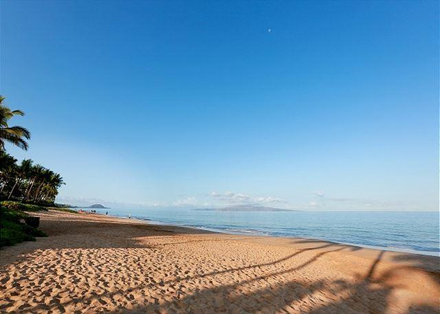 Keawakapu Beach is a short stroll from Palms at Wailea.