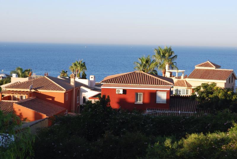 Casa adosada en Rincón de la Victoria, vakantiewoning in Rincon de la Victoria