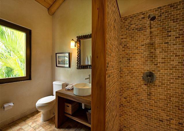 Apt. bedroom bath
