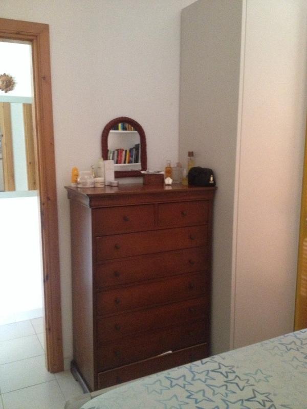 Mobiletto camera da letto