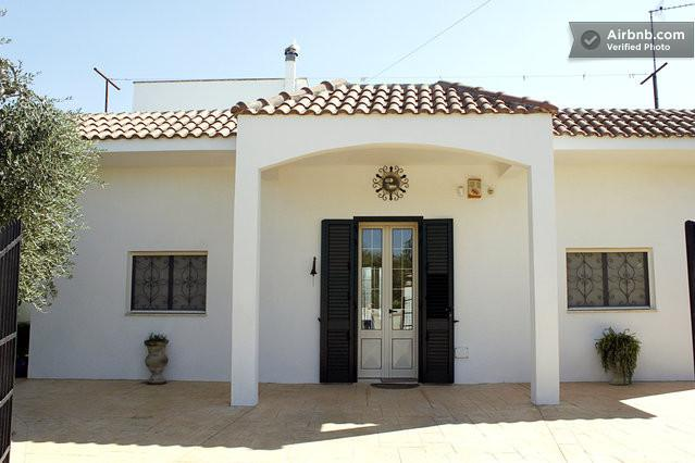 Small villa in the Salento coutriside., holiday rental in Soleto