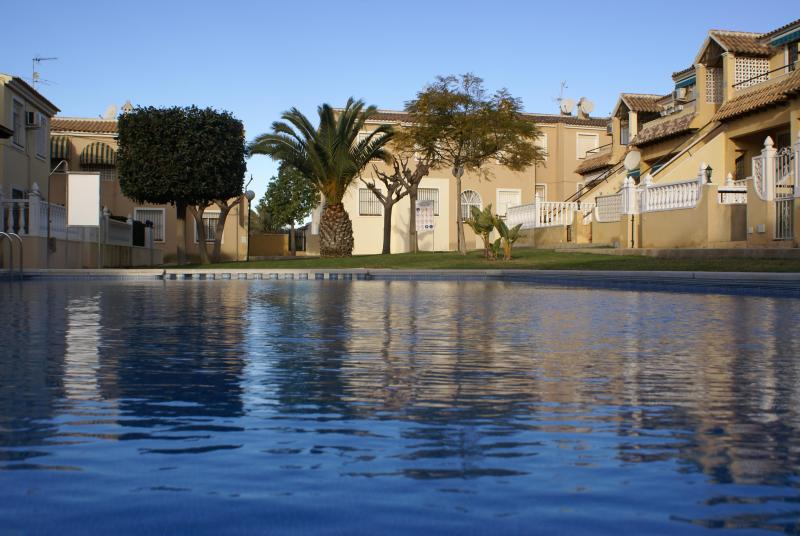 Bungalow Lomas Del Golf, vacation rental in La Zenia