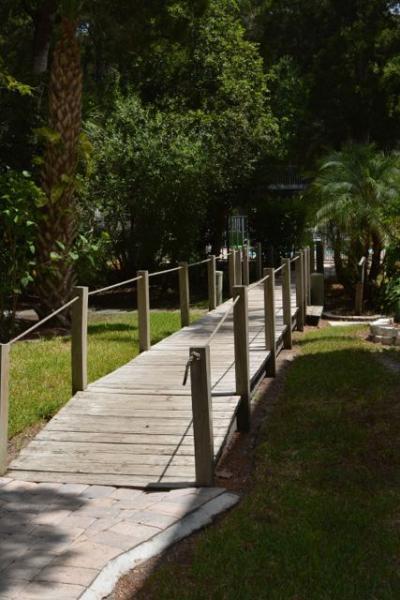 pont de la piscine