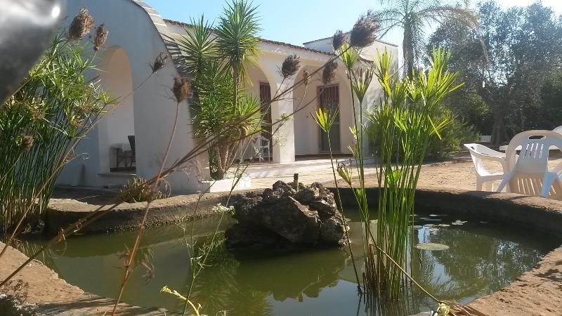 Affitto Villa eTrullo-SALENTO-ZonaGALLIPOLI, vacation rental in Chiesanuova